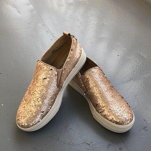 Steve Madden Platform Slip on EMRYS shoes